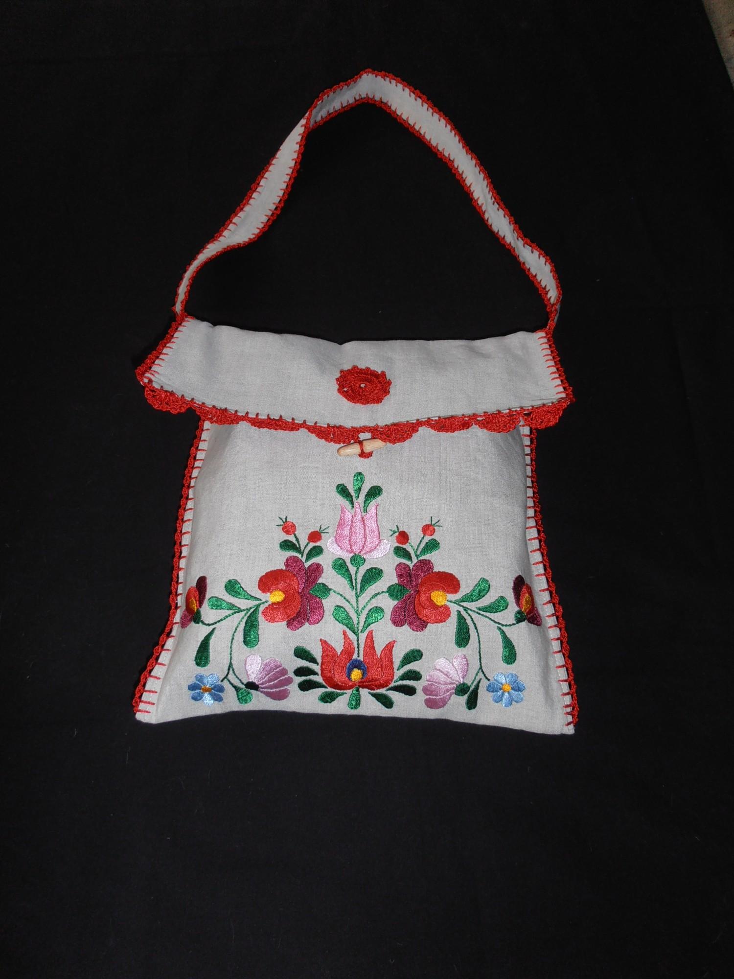 hímzett táskák - Matyó terítők dbf069c689